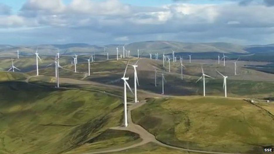 Фото Ветряки Шотландии генерируют 200% необходимого электричества, Лос-Анджелес переходит на аккумуляторы