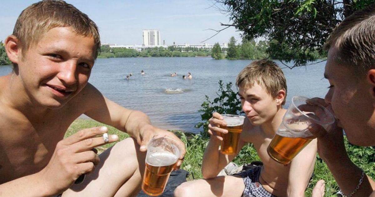 Фото В Думу внесли законопроект о запрете покупать спиртное до 21 года