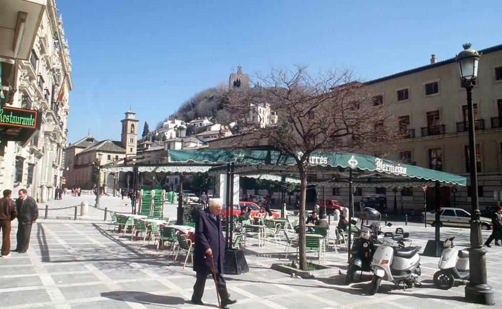 Photo of Investigado por homicidio un hombre cuya hija murió tras caer por un balcón en Granada