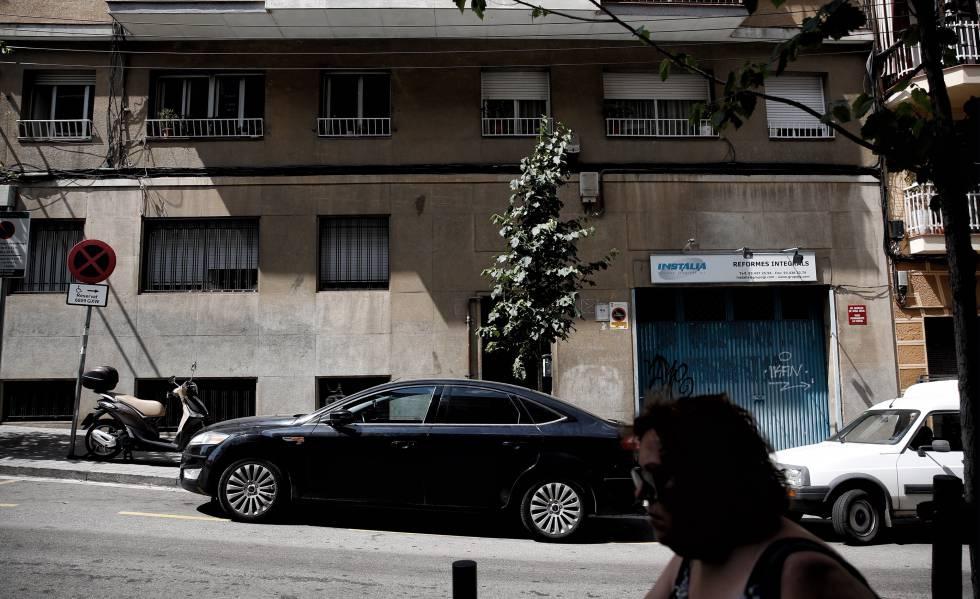 Photo of El detenido por matar a su expareja en L'Hospitalet usaba una identidad falsa