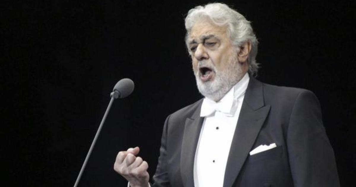 Photo of Retired opera singer details alleged harassment by Plácido Domingo