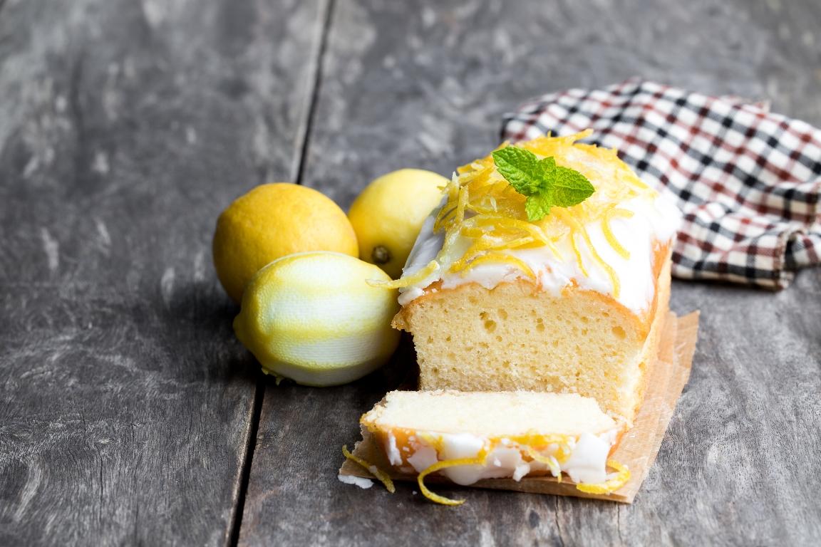 Вкуснейший лимонный кекс с глазурью