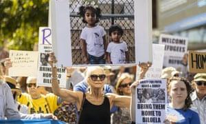 Albanese calls on PM to let Biloela Tamil family stay as rallies held across Australia