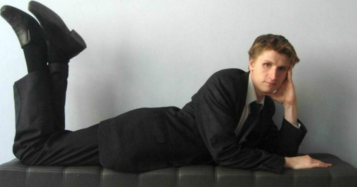 Фото Суд дал блогеру Синице 5 лет за призыв расправляться с детьми силовиков