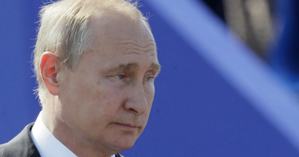"""Путин заявил, что """"молодые люди имеют право на протест"""""""