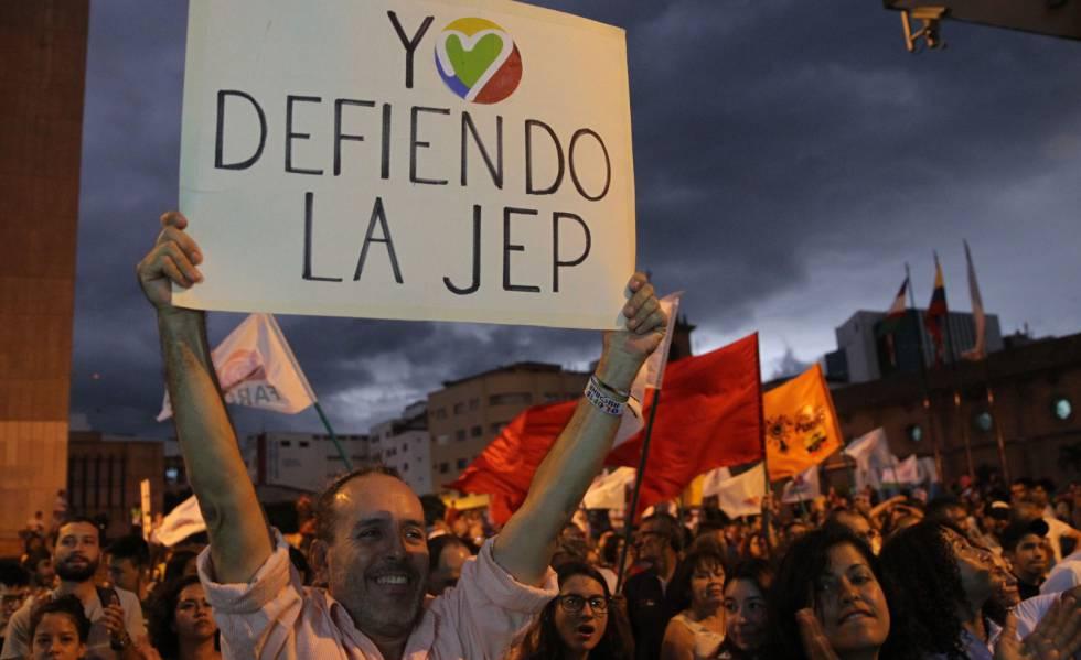 Photo of Civiles implicados en el conflicto armado en Colombia piden acogerse al tribunal de paz