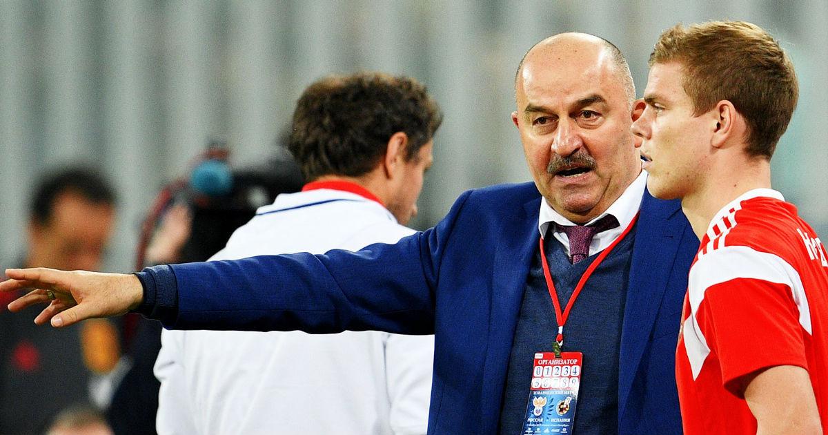 Черчесов допустил возвращение Кокорина и Мамаева в сборную России