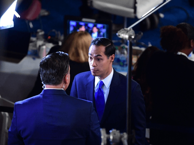 Photo of Julian Castro Says He Wasn't Attacking Biden's Age: 'Are You Forgetting What You Said Two Minutes Ago?'