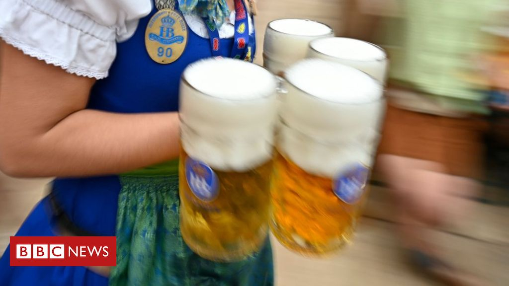 Photo of German court rules hangovers are an 'illness'