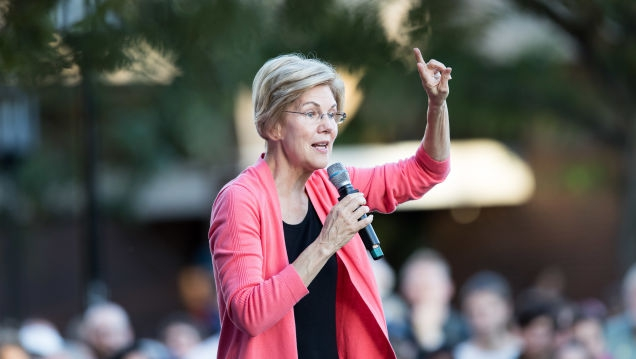 Photo of Elizabeth Warren Has a Plan to Educate Our Tech-Illiterate Congress