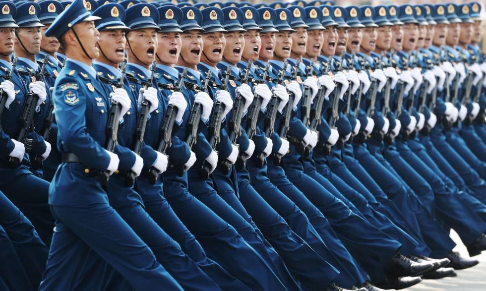 Photo of Xi se da un baño de masas y músculo militar en los 70 años de la República Popular China