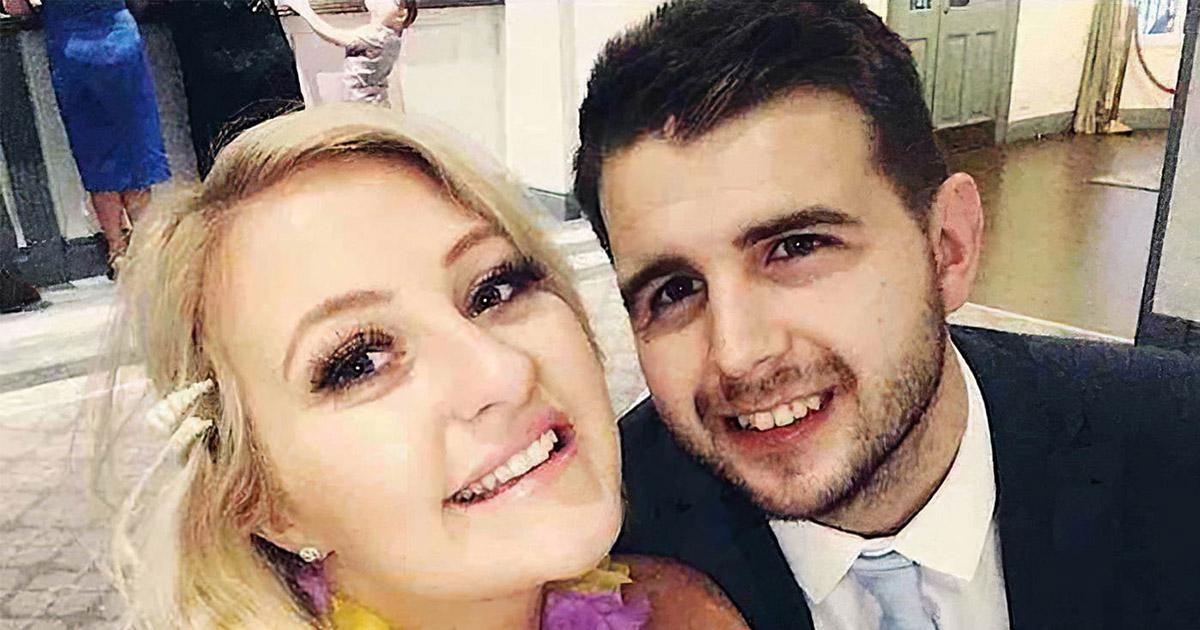 Британка вышла замуж за неизлечимо больного возлюбленного