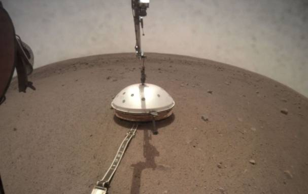 Photo of NASA's InSight shares two audio recordings of quakes on Mars