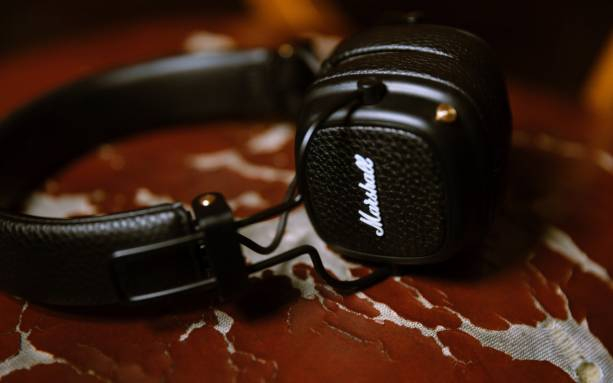 Photo of Marshall Major III headphones bring Google Assistant and retro style