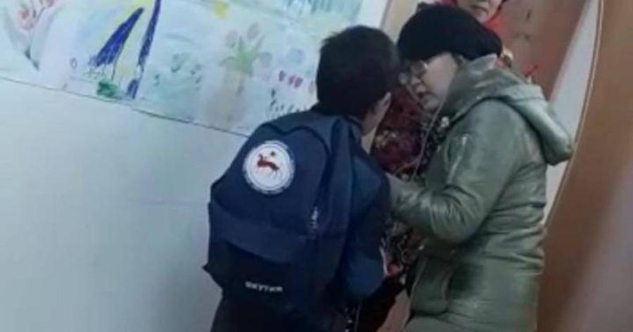 «Спущу шкуру!» Учительница закатила ребенку истерику из-за тетрадки