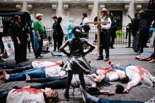 Photo of 'We're Here:' Extinction Rebellion Bloodies New York as Part of Global Week of Protests