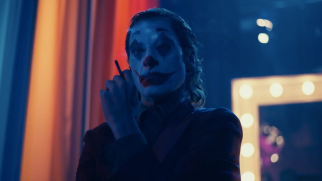 Photo of io9 Discusses Todd Phillips' Polarizing Joker, a Movie With Little to Say
