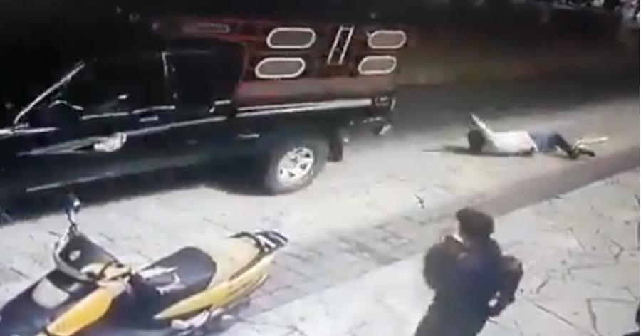 В Мексике мэра зверски наказали за невыполненное обещание починить дороги