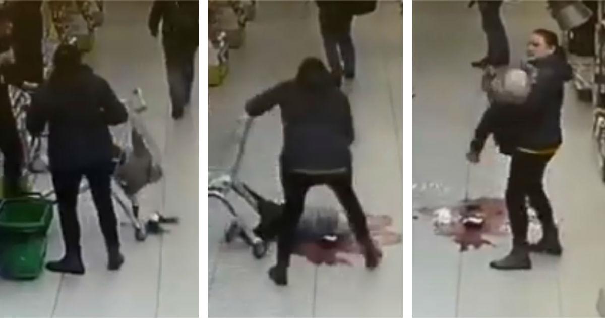 """Фото ЧП в """"Перекрестке"""": девочка упала с тележки лицом в осколки"""