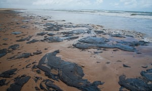 Photo of Oil contaminating Brazil's beaches 'very likely from Venezuela', minister says