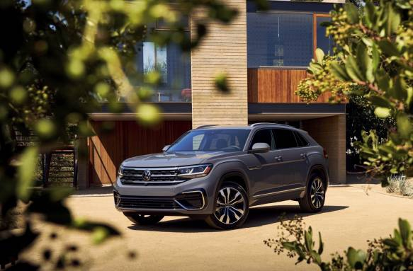 Photo of 2020 VW Atlas Cross Sport tailors two-row SUV for American tastes