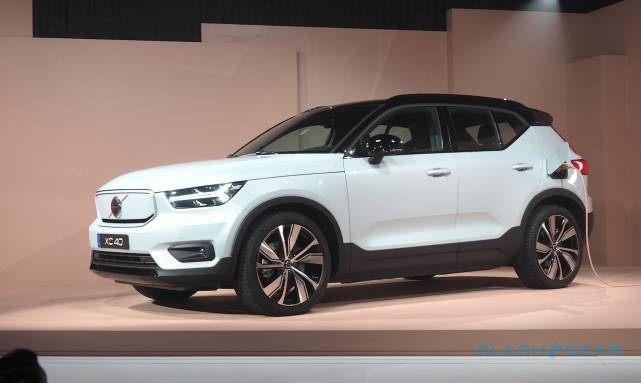 Photo of Volvo XC40 Recharge all-electric crossover revealed: Range, Speed, Tech, Price