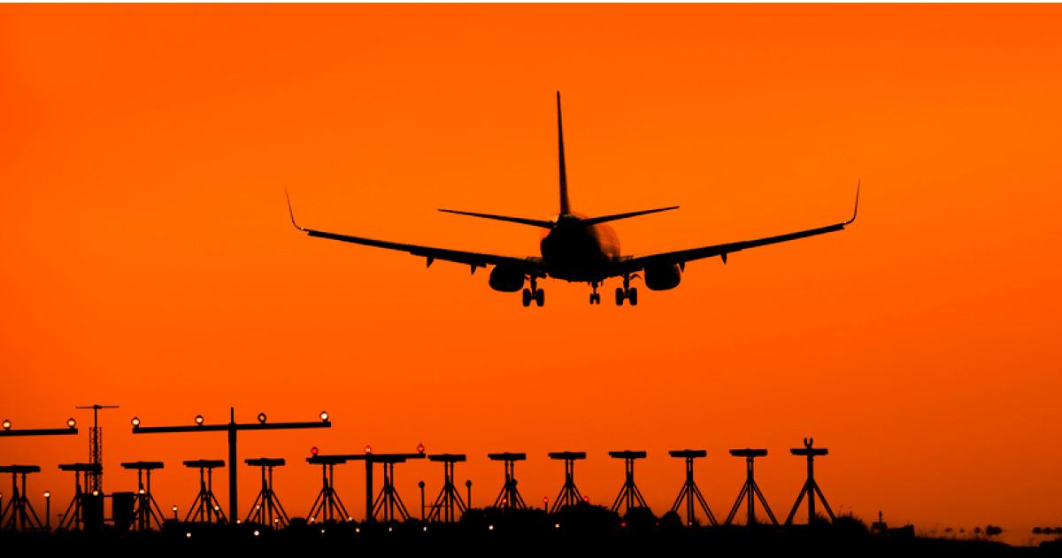 Летящий из Шереметьево самолет срочно посадили из-за оружия на борту