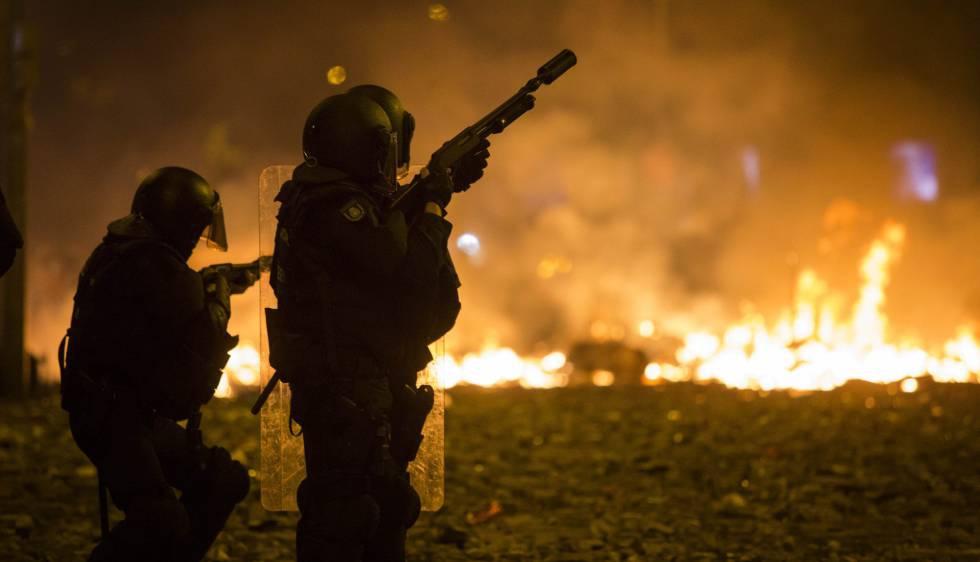 Photo of La quinta jornada de disturbios deja 182 personas atendidas por los servicios sanitarios