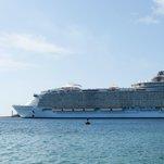 Cruise Line Bars Woman Who Climbed on Balcony Railing for Selfie