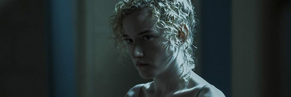Photo of Exclusive: Julia Garner Eyed to Play Scammer Anna Delvey in Shonda Rhimes' Netflix Series