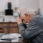 Early Stages of Alzheimer's Disease May Pose Risk of Financial Problems