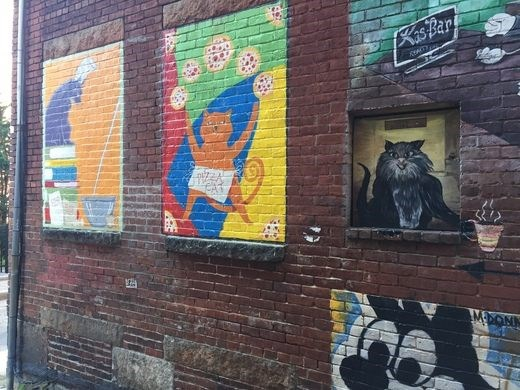 Photo of Turns Out There's An Alley in New Hampshire Filled With Cat Street Art