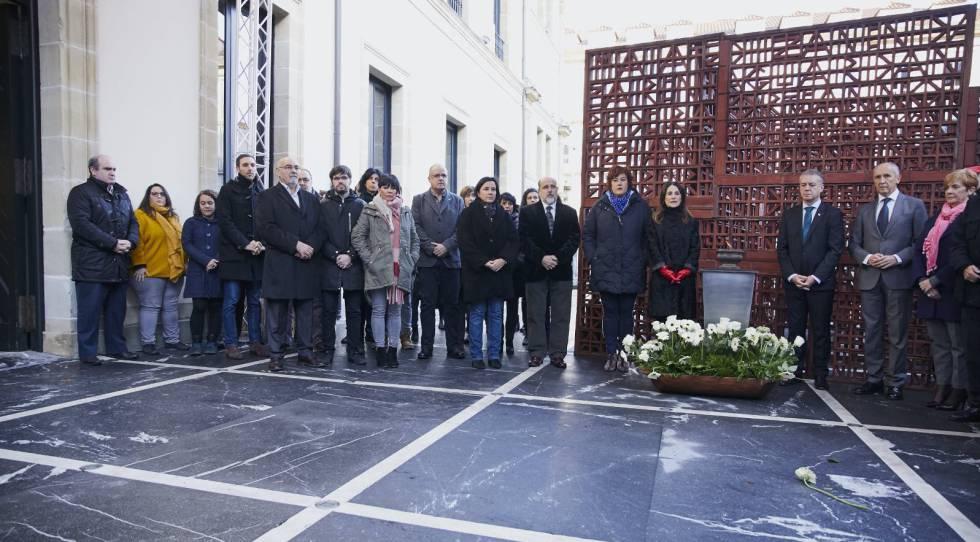 Photo of El Parlamento vasco vuelve a celebrar el Día de la Memoria sin el PP