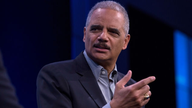 Photo of Microsoft Taps Eric Holder to Audit AnyVision Over Concerns of Face Recognition Surveillance
