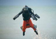 """Фото Британский """"Железный человек"""" поставил рекорд по скорости в реактивном костюме (видео)"""
