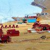«Двух бегемотов» подвинули на иркутском берегу Байкала