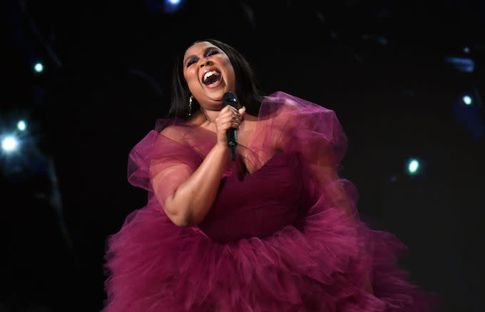 Photo of Check Out 2019 American Music Awards Performances From Lizzo, Billie Eilish and More