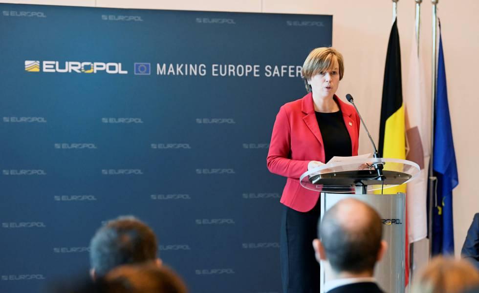 Photo of Europol elimina miles de cuentas del canal de propaganda del ISIS