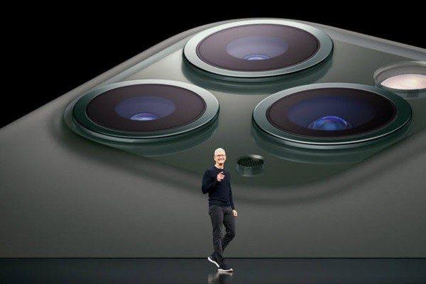 Фото iPhone 12: Даёшь сразу 4 штуки!