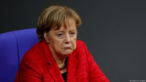 Меркель впервые посетит Освенцим