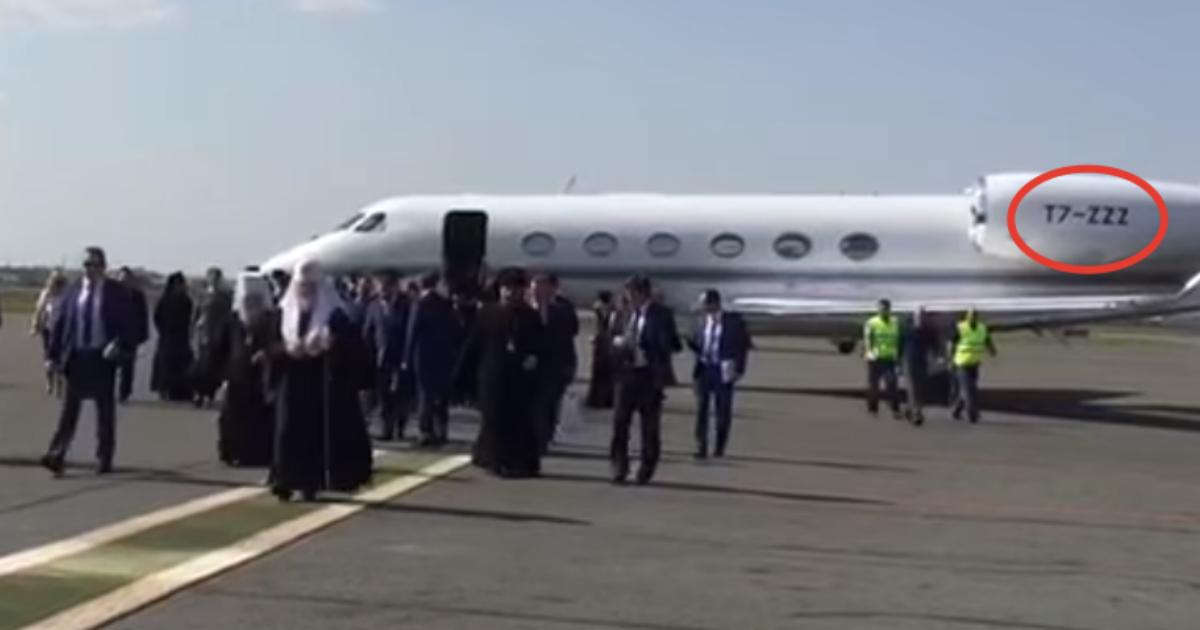 The Bell нашел еще один самолет, связанный с ВТБ: на нем летал патриарх