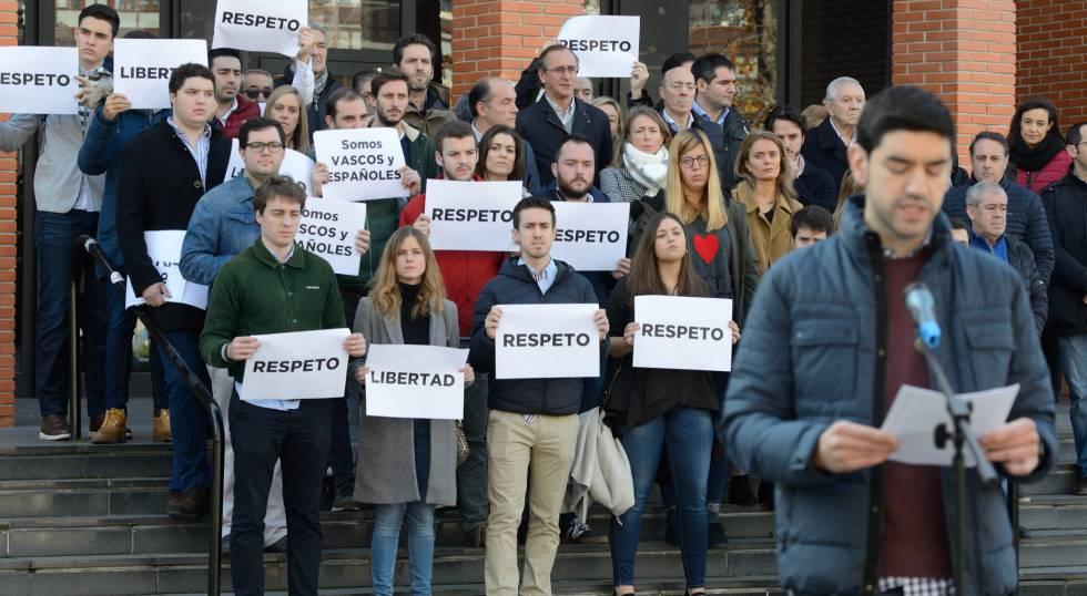 Photo of La izquierda 'abertzale' mantiene la charla de un exetarra pese a la oposición de víctimas y partidos
