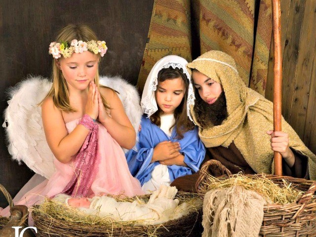 Photo of Atheist Group 'Bullies' Public School into Cutting 3rd Grade Live Nativity from Christmas Show