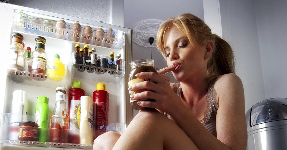 Ученые назвали продукты, употребление которых вызывает привыкание