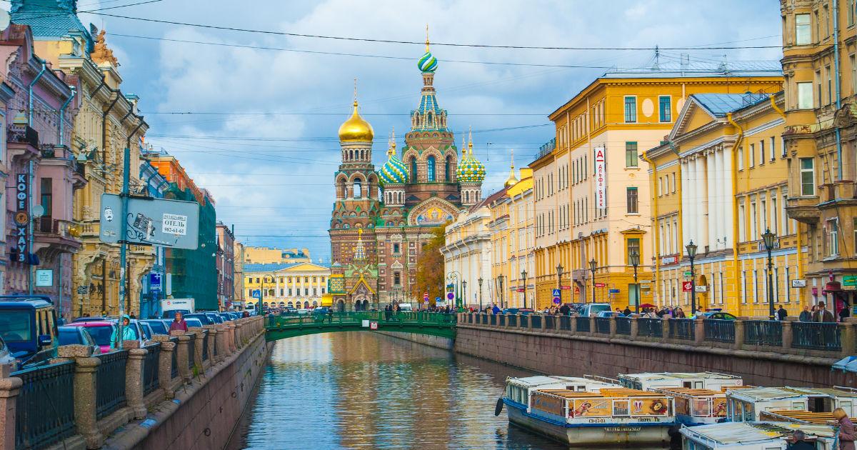 Что посмотреть в Петербурге: музеи, метро, районы и погода Северной столицы (20 фото)