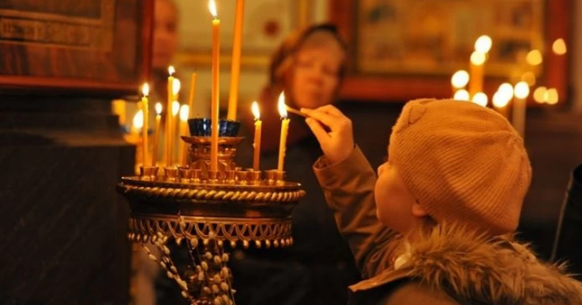 Крещенные дети объявили бойкот некрещеной школьнице в Челябинске