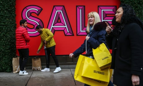 Photo of Boxing Day sales dip blamed on poor weather and Black Friday