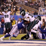 Eagles Pull Away From Giants, Clinching a Playoff Spot