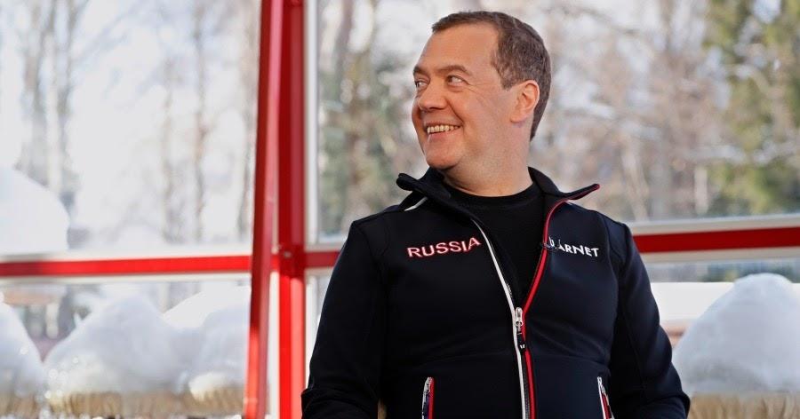 """Фото """"Ничего необычного"""". Как Медведев объяснил в эфире свою отставку"""