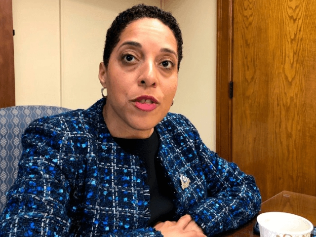 Photo of Missouri: Soros-Backed Democrat Prosecutor's Conduct Under Review in Greitens Case